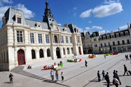 Poitiers c ur d agglo 38 000 m d 39 espace public d j for Piscine poitiers
