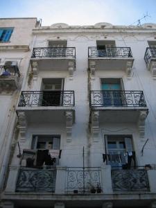 construction de logements en tunisie 30 candidats r pondent l 39 appel d 39 offres construction. Black Bedroom Furniture Sets. Home Design Ideas