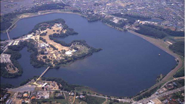 Au Japon, Kyocera installe une centrale solaire flottante de 13,4 MW - Construction Cayola