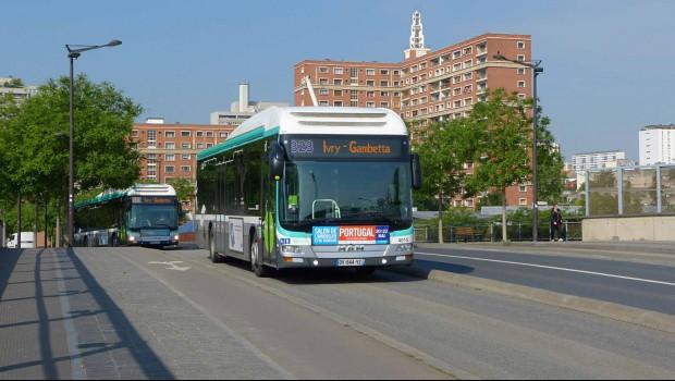 la ratp re oit 26 nouveaux bus hybrides man construction cayola. Black Bedroom Furniture Sets. Home Design Ideas