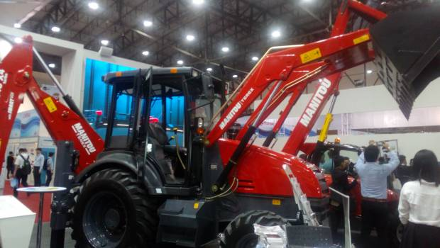 Manitou unveils its new backhoe loader at Intermat Asean