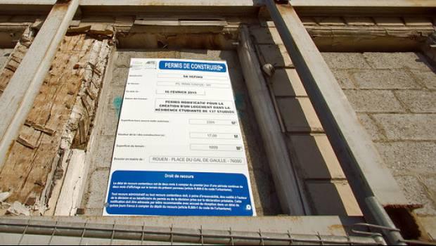 Le permis de construire volue construction cayola for Recours architecte 150m2