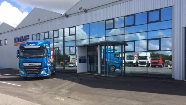 Daf trucks paris ouvre ses portes massy construction for Garage daf massy