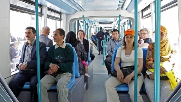 """Résultat de recherche d'images pour """"Algérie, tramways"""""""