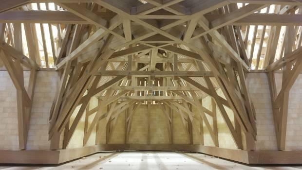 Une Maquette De La Charpente De Notre Dame De Paris De 14 M De Haut Construction Cayola